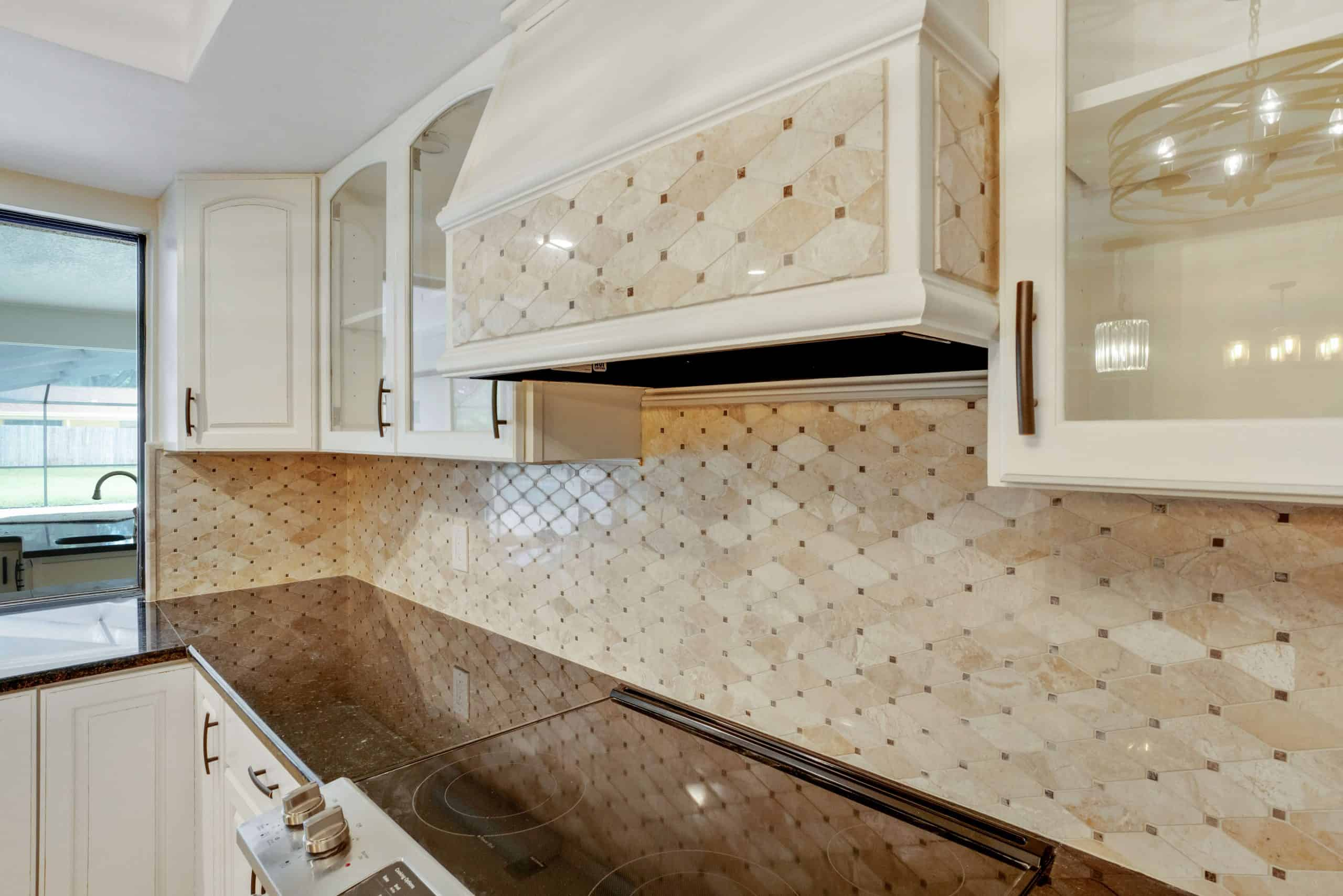 Kitchen-Remodel-featuring-Mosaic-Tile