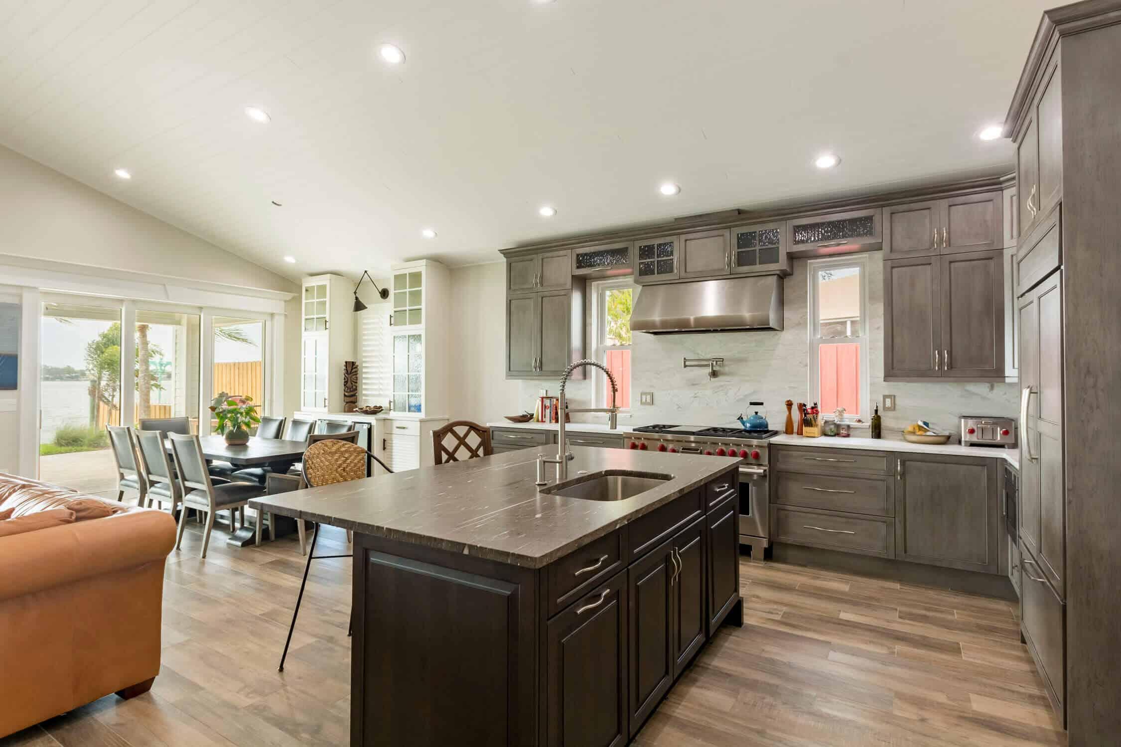 Simple but Elegant Kitchen