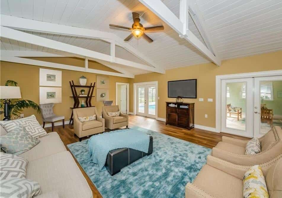 Tampa Home Living Room Remodelers