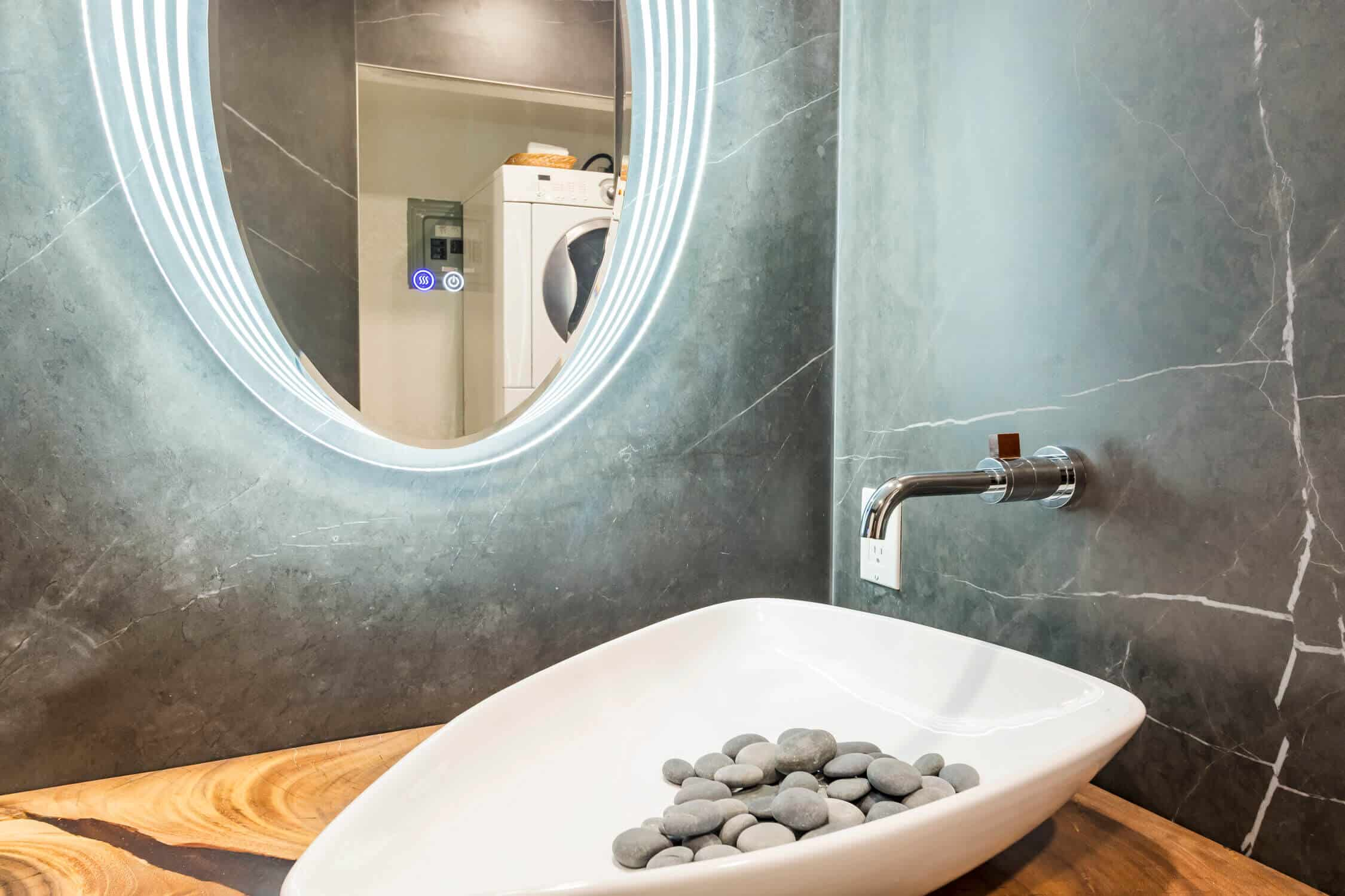 luxurious bath remodeling